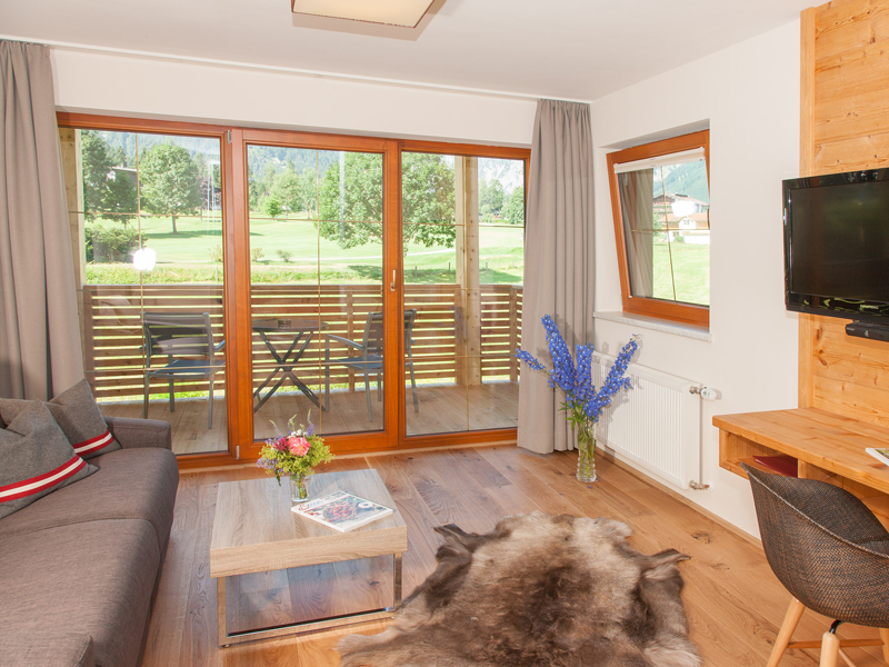 Wohnbereich Komfortzimmer XL im Berghof